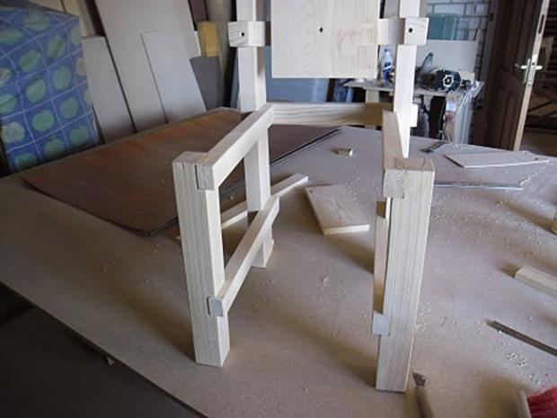 Сборка каркаса стула